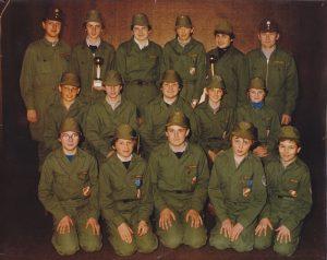 Die 1980 neu gegründete Jugendgruppe mit den Jugendbetreuern Peter Kerschbaumsteiner und Friedrich Petermaier